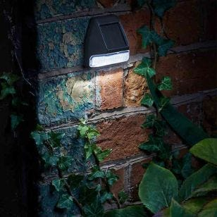 Superbright Solar LED Wall Light - Pack of 4