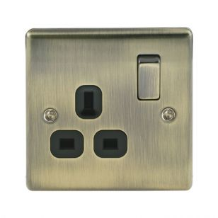 Antique Brass Low Profile 13A 1 Gang Switched Socket