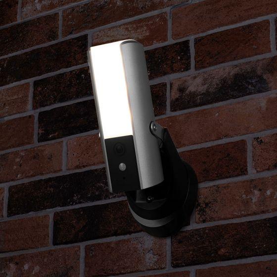 Smartwares Guardian 10W LED Floodlight with PIR sensor and HD WiFi Camera